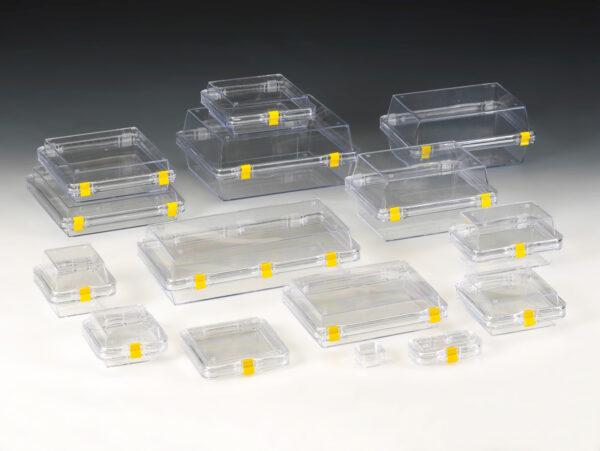 Ambalaj protector cu folie de suspensie si retentie cu doua separatoare de plastic