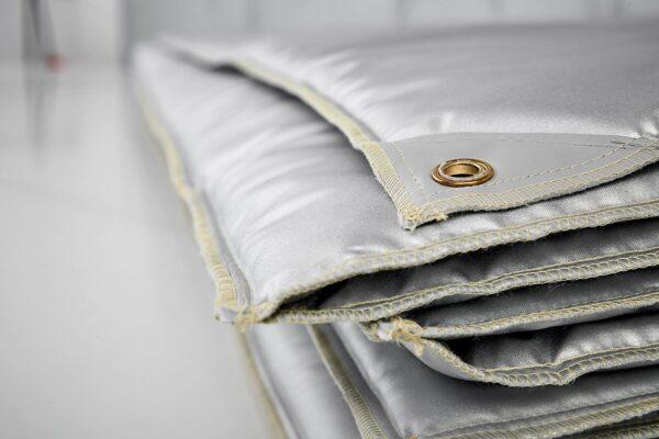 Huse termica/izolatoare pentru protejarea lucrarilor din ciment