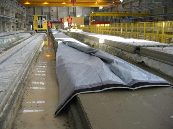 Paturi termice pentru mentinerea temperaturii optime in prelucrarea asfaltului