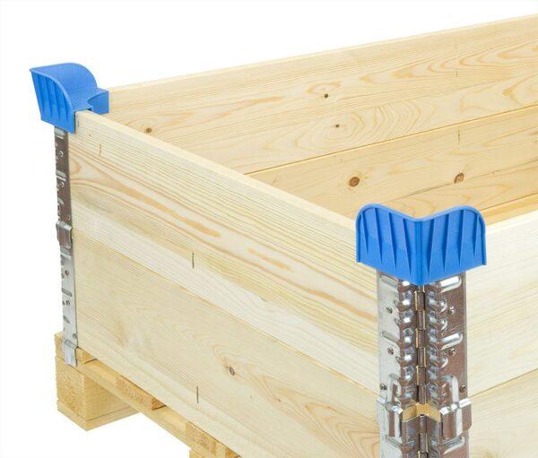 Coltare de stivuire pentru containere pliabile din lemn