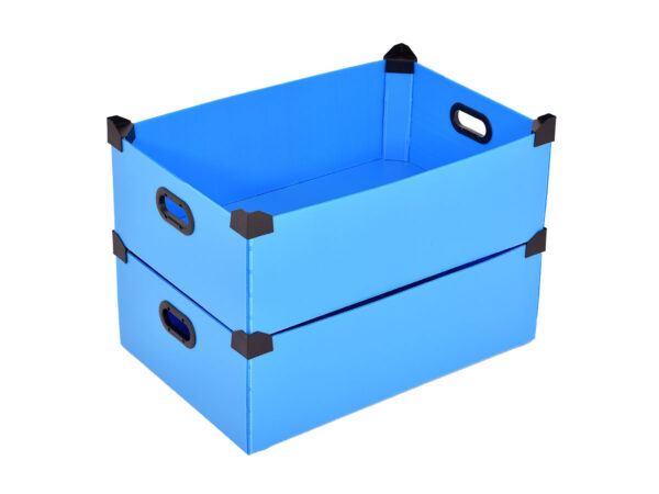 Boxes with plastic corners