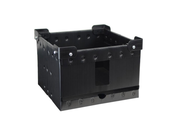 Cellular polypropylene box with plastic stacking corners and doubled edges for operator protection
