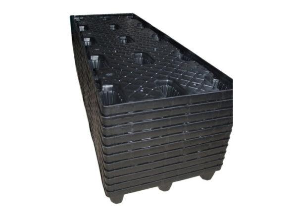 Twin sheet pallets - nestable
